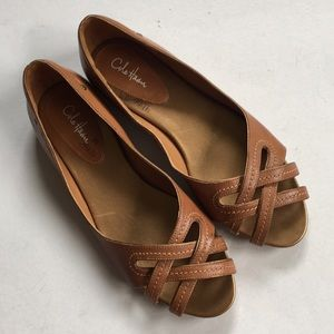 Like new Cole Haan leather flats